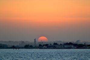 ايجار سيارات سترة, البحرين
