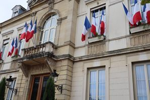 ايجار سيارات أرباجون, فرنسا